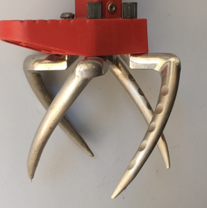 claw tool